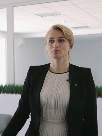 Angela Tebies